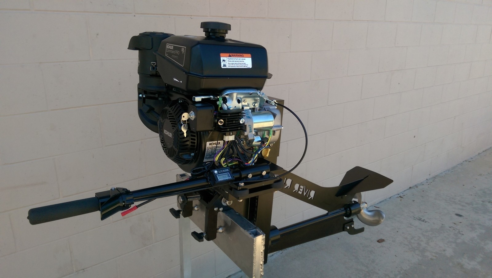 9 5 Hp River Run Surface Drive Outboard